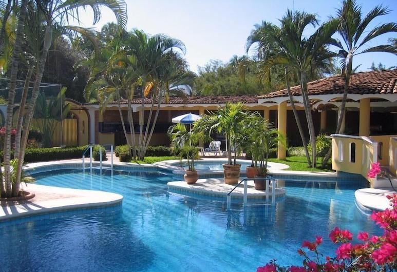 Villa Corona del Mar, Rincon de Guayabitos, Piscine en plein air