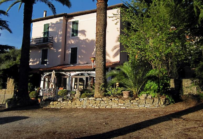 Hotel Ristorante Il Caminetto, Diano Marina