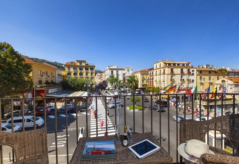 Piazza Tasso B&B, Сорренто, Двомісний номер, з балконом, з видом на море (Excelsior), Тераса/внутрішній дворик
