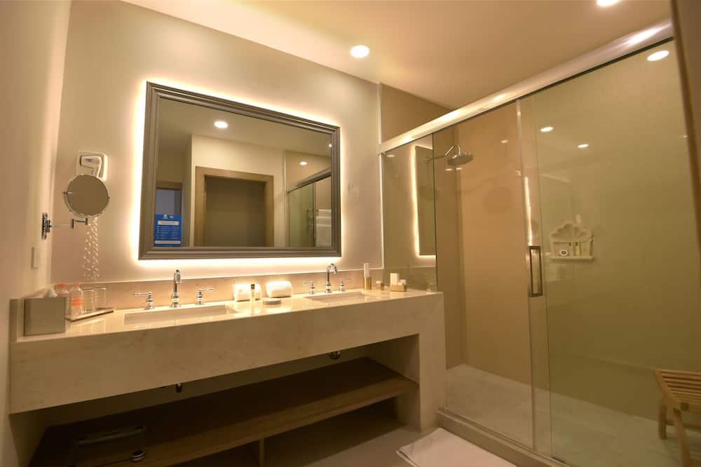 Suite Gobernador King - Bathroom