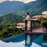 One Bedroom Seaview Hill Pool Villa - Piscina a sfioro