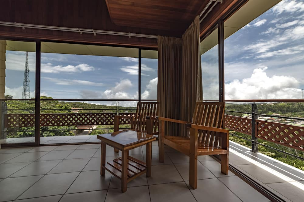 Habitación Deluxe doble, 2 camas dobles - Vistas a la montaña