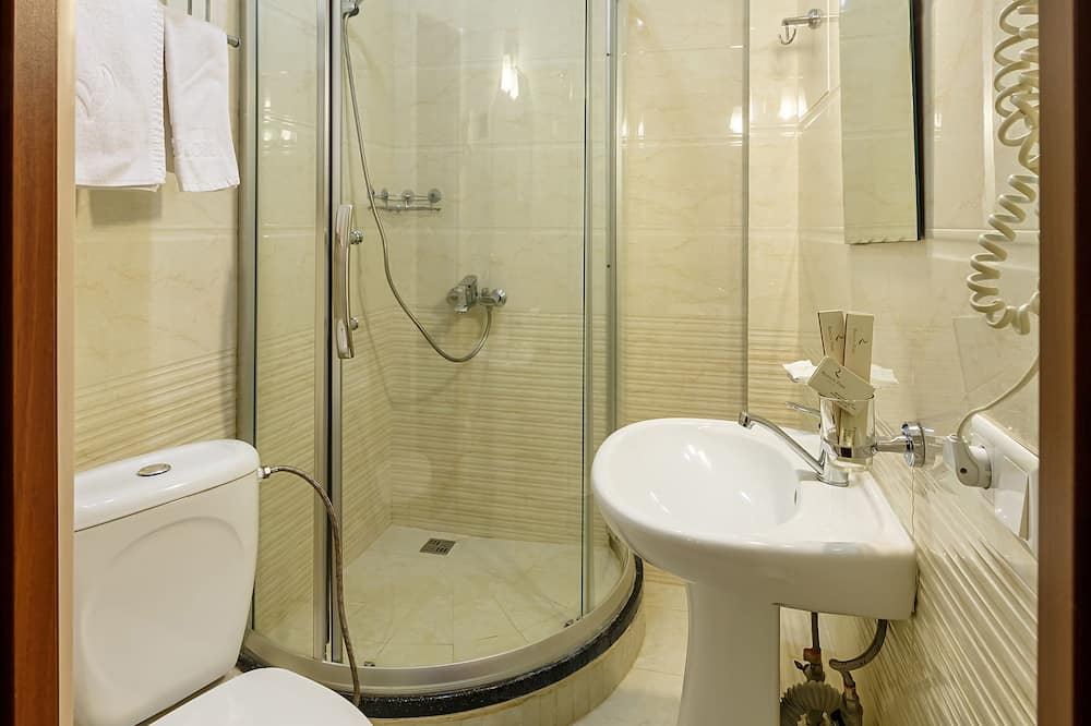 Стандартний двомісний номер (2 односпальних ліжка), багатомісний номер, для некурців - Ванна кімната