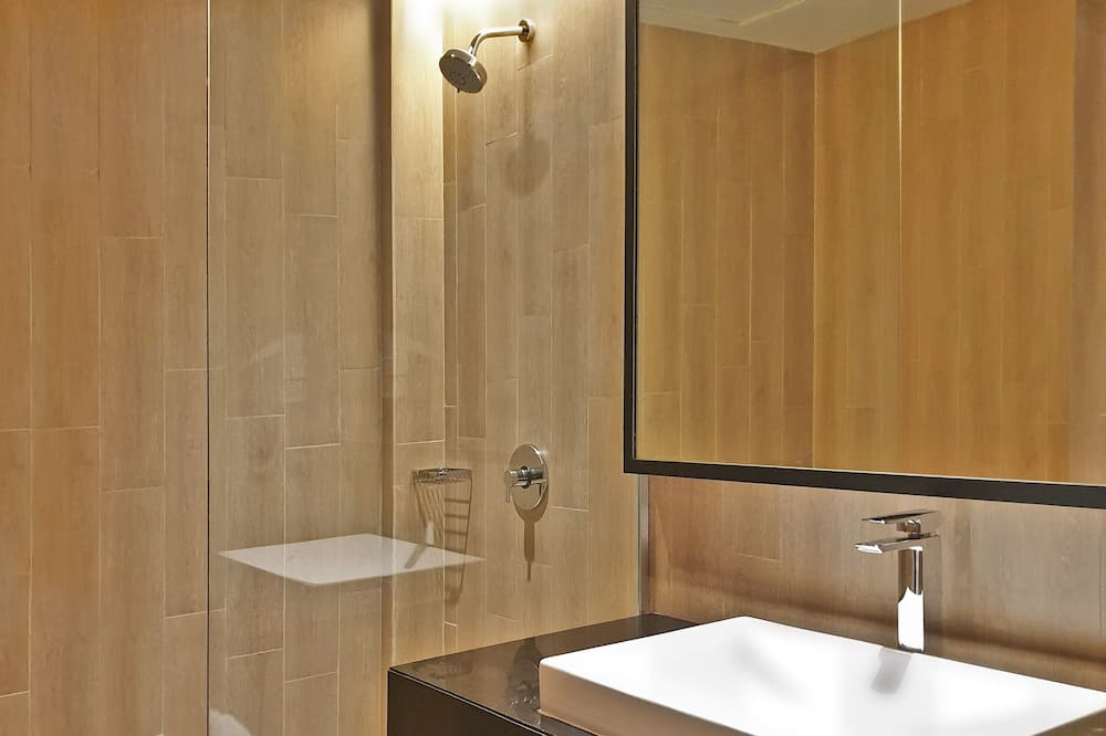 Theme Suite - Bathroom