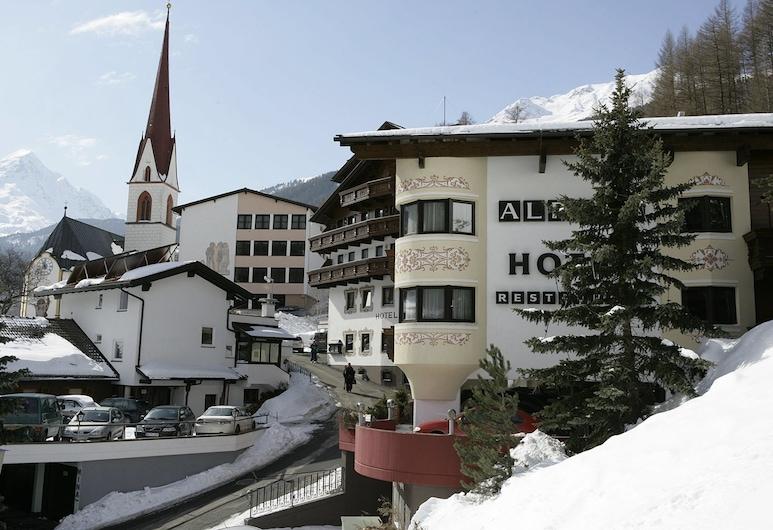 Alpina, Sölden, Hotellets facade