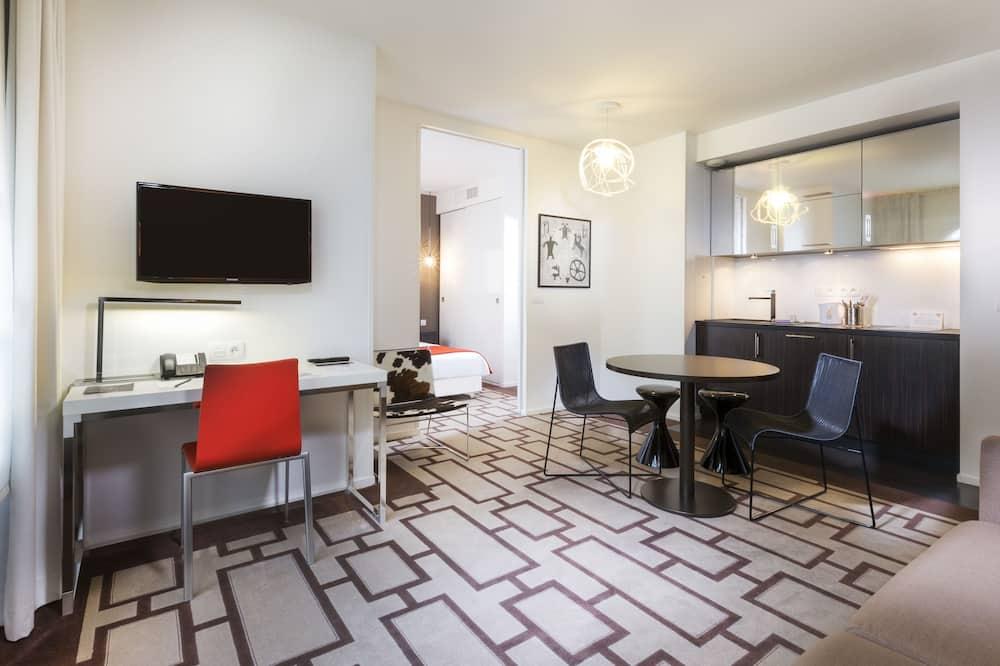 Apartament rodzinny typu Suite, aneks kuchenny - Powierzchnia mieszkalna