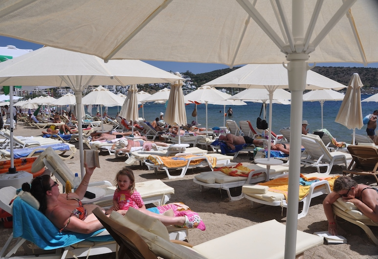مانويلا هوتل, بودروم, الشاطئ