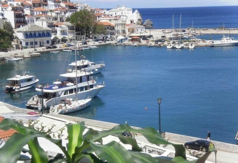 Regina Hotel, Skopelos