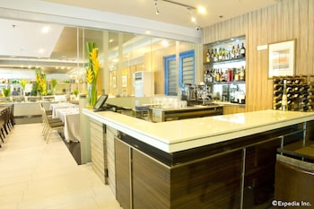Foto One Pacific Place Serviced Residences di Makati
