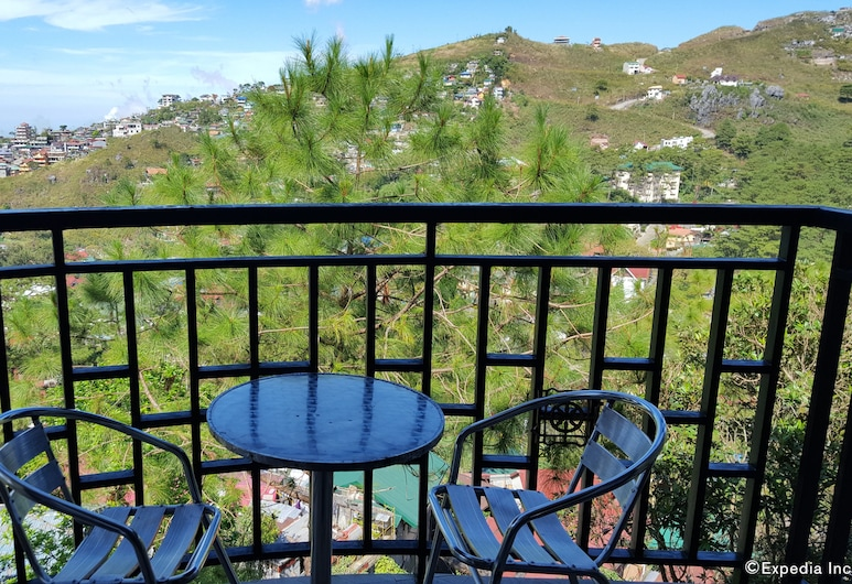 Hollywood Drive-In Hotel, Baguio, Executive Room, Balcony