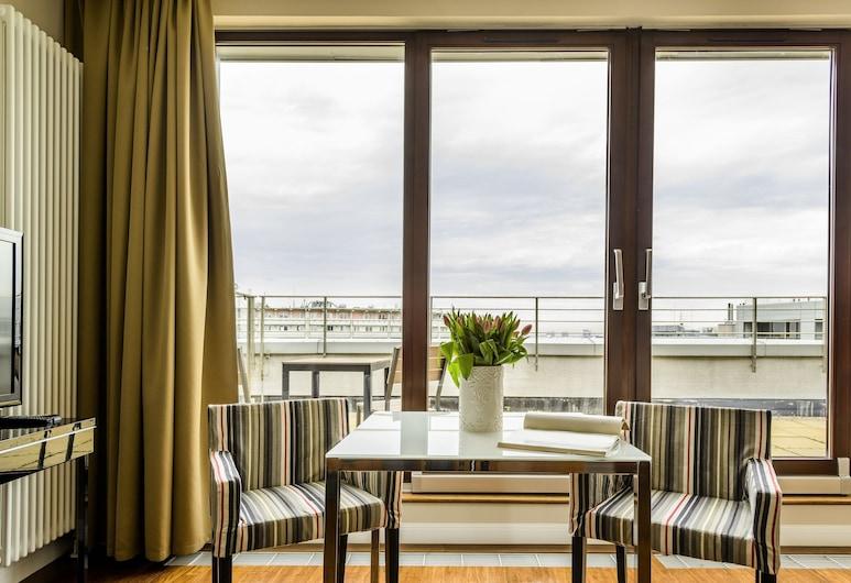 Triton Park Apartments, Varsova, Comfort-huoneisto, Huone