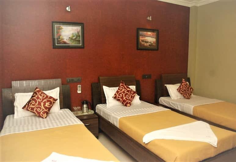 Hotel Cosmo, Bombay
