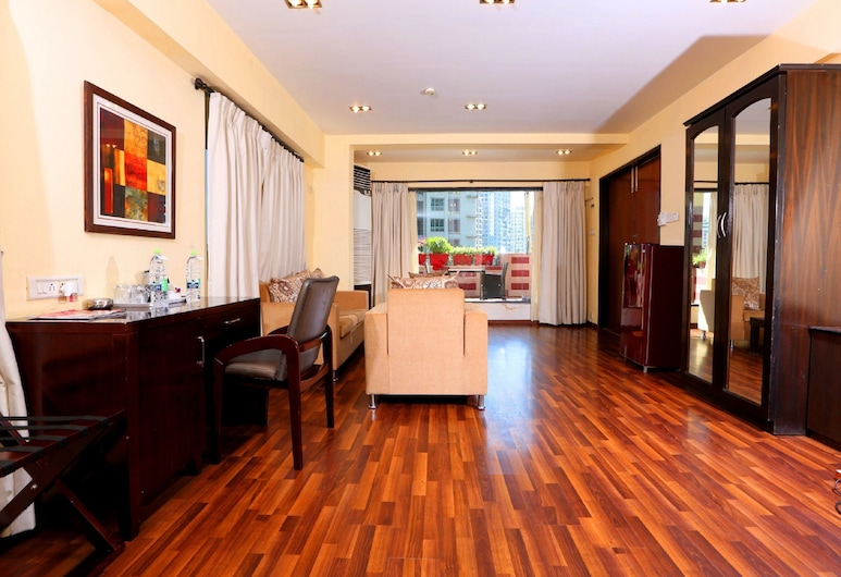 Orritel West, Mumbai, Junior Suite, Living Area