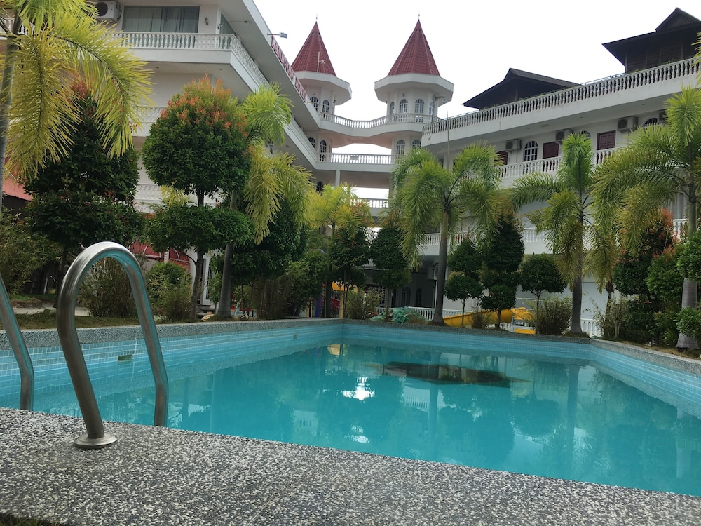 Landcons Hotel Langkawi Outdoor Pool
