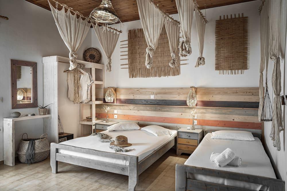 Standard Triple Room, 1 Bedroom, Non Smoking - Guest Room