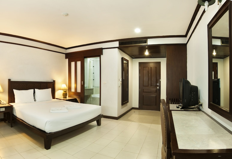 Rattana Mansion, Phuket, Deluxe Room, Guest Room