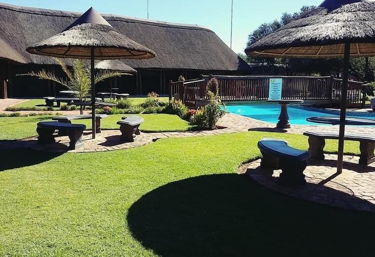 Bains Lodge, Bloemfontein, Välibassein