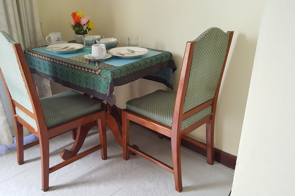 Studio A - In-Room Dining