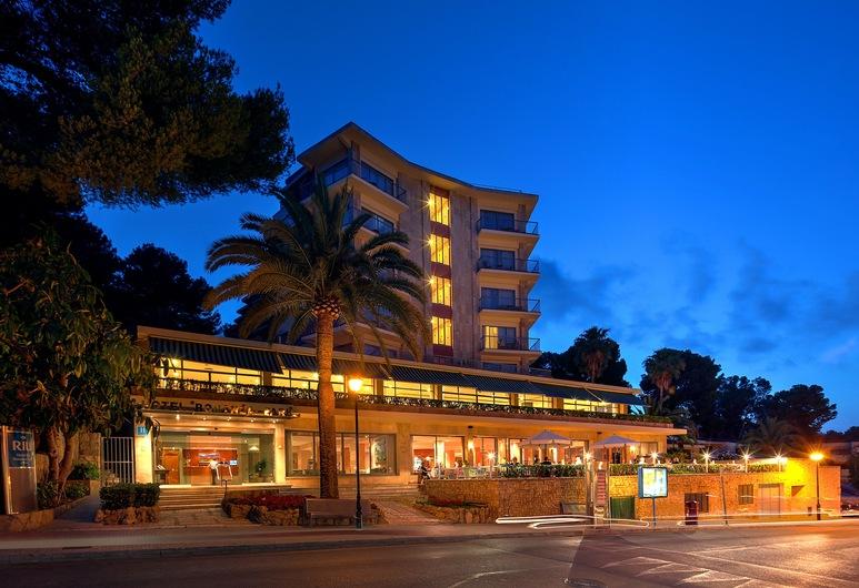 Hotel Bonanza Park by Olivia Hotels, Calvia, Fassaad õhtul/öösel