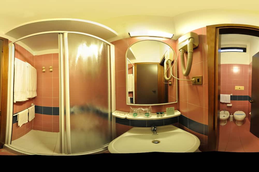 Single Room, Kitchenette - Bathroom