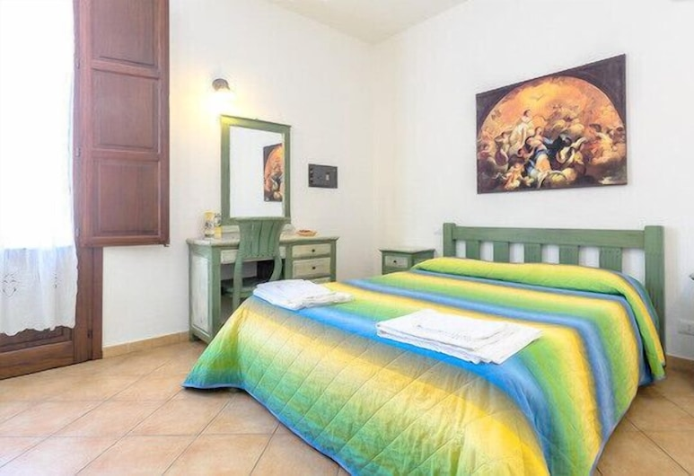 Renda Apartments, Trapani, Standard Apartment, 2 Bedrooms (5 pax), Room
