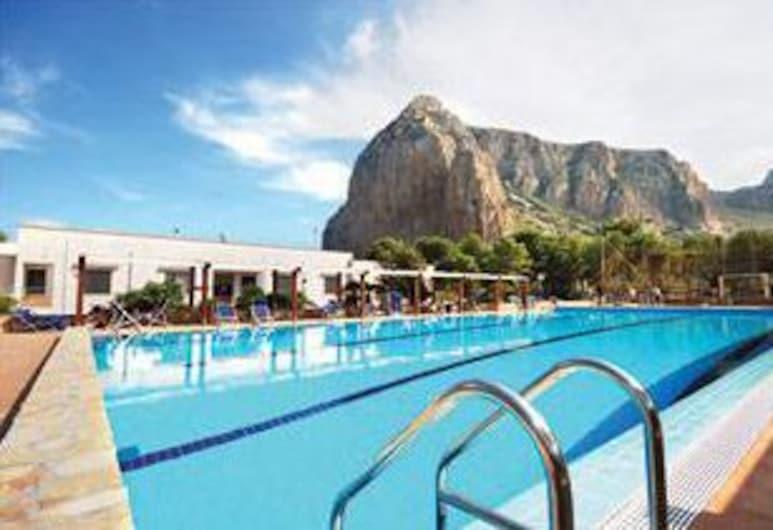 皮內塔露營飯店, 聖維托角, 室外游泳池