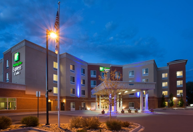 Holiday Inn Express Hotel & Suites Denver North - Thornton, Thornton, Exterior