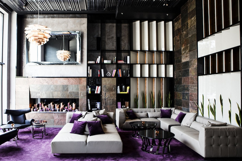 book 11 mirrors design hotel in kiev