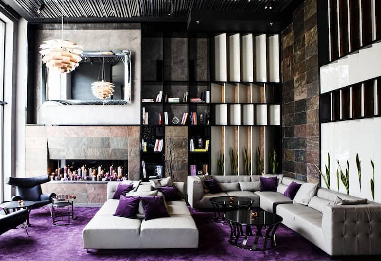 11 Mirrors Design Hotel, Kiev, Lobby