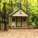 Cabin E - Room