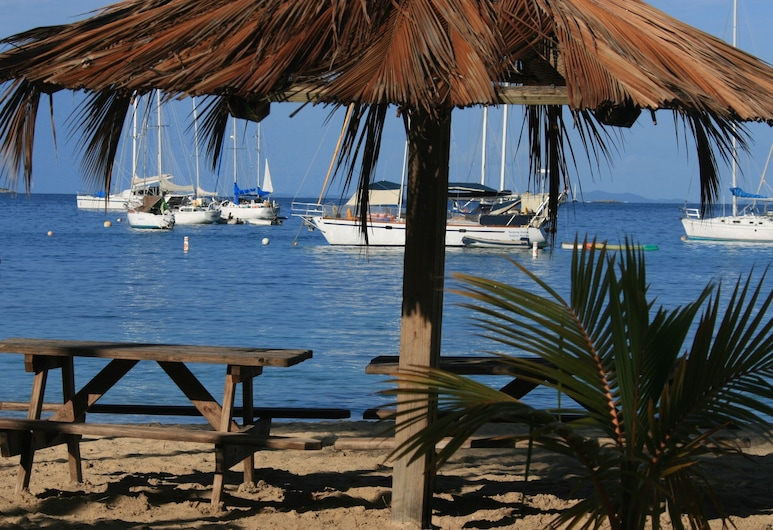 Virgin Islands Campground, St. Thomas, Playa