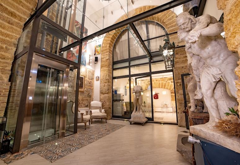 Porta di Castro, Palermo, Entrada del hotel