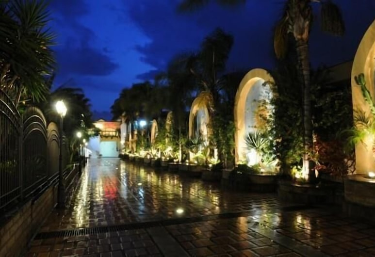 Hotel Ristorante La Lanterna, Villaricca, Property Grounds