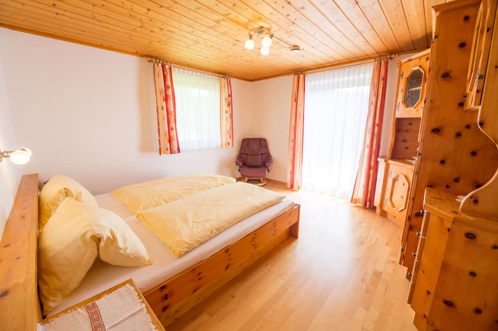 Classic-Apartment, Balkon, Bergblick - Wohnbereich