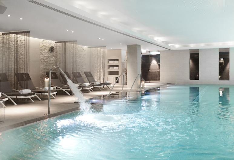 The Ritz-Carlton, Vienna, Viena, Vidaus baseinas