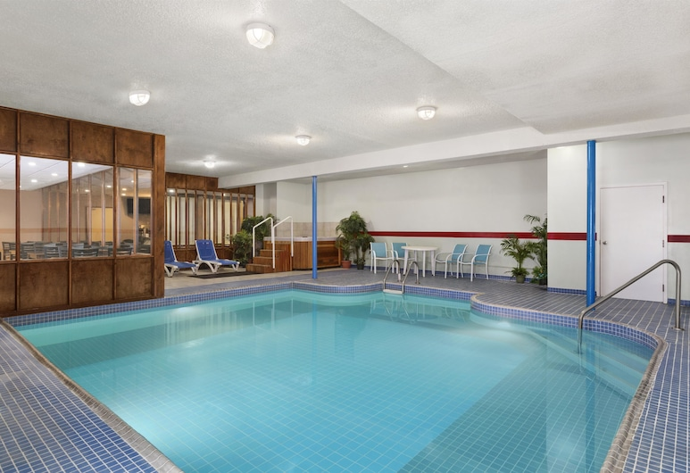 Travelodge by Wyndham Meadow Lake, Meadow Lake, Piscina