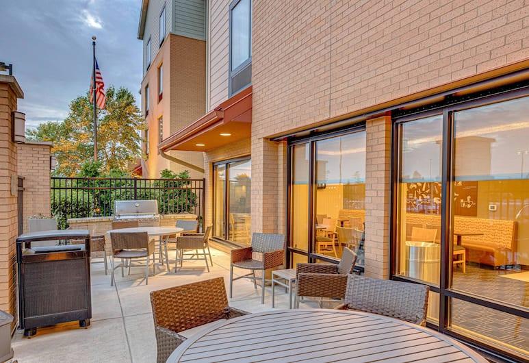 TownePlace Suites by Marriott Ann Arbor, Анн-Арбор, Место для пикника