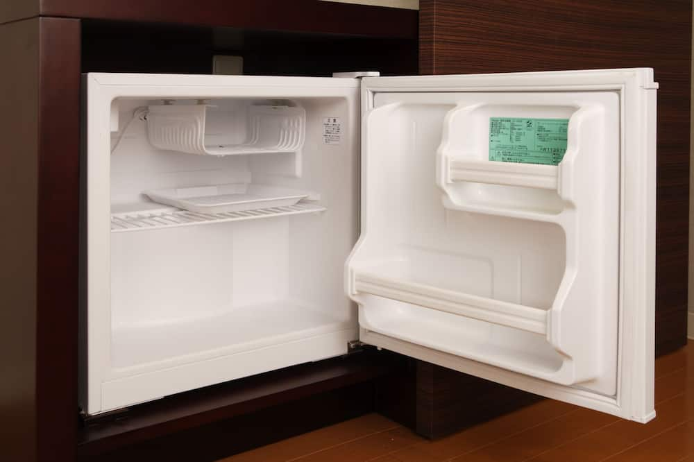 Deluxe Twin Room, Non Smoking (2 Beds) - Mini Refrigerator