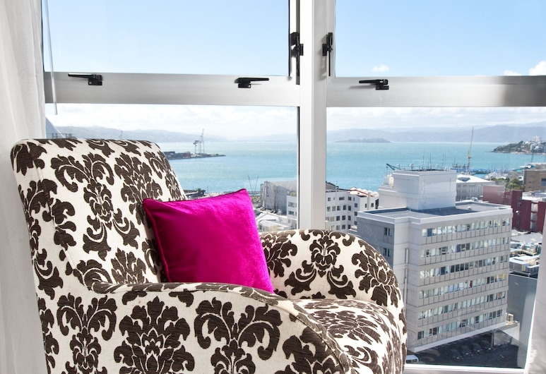 Mercure Wellington Central City Hotel and Apartments, Wellington, Apartment, 1 Bedroom, Harbour View, Guest Room View