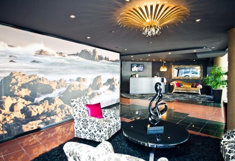 Mercure Wellington Central City Hotel and Apartments, Wellington, Lobby