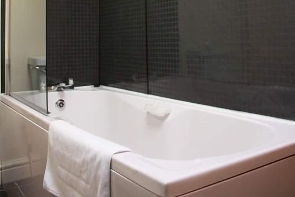 Pokój z 2 pojedynczymi łóżkami, z łazienką - Łazienka