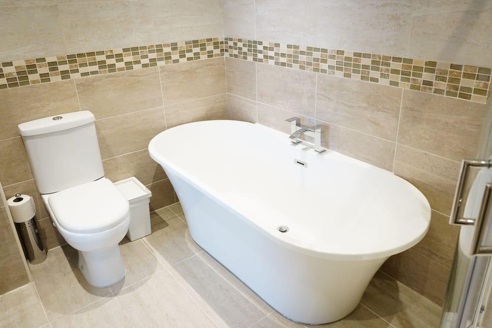 Executive Δίκλινο Δωμάτιο (Double), Μπάνιο στο δωμάτιο (with bath and shower ) - Μπάνιο