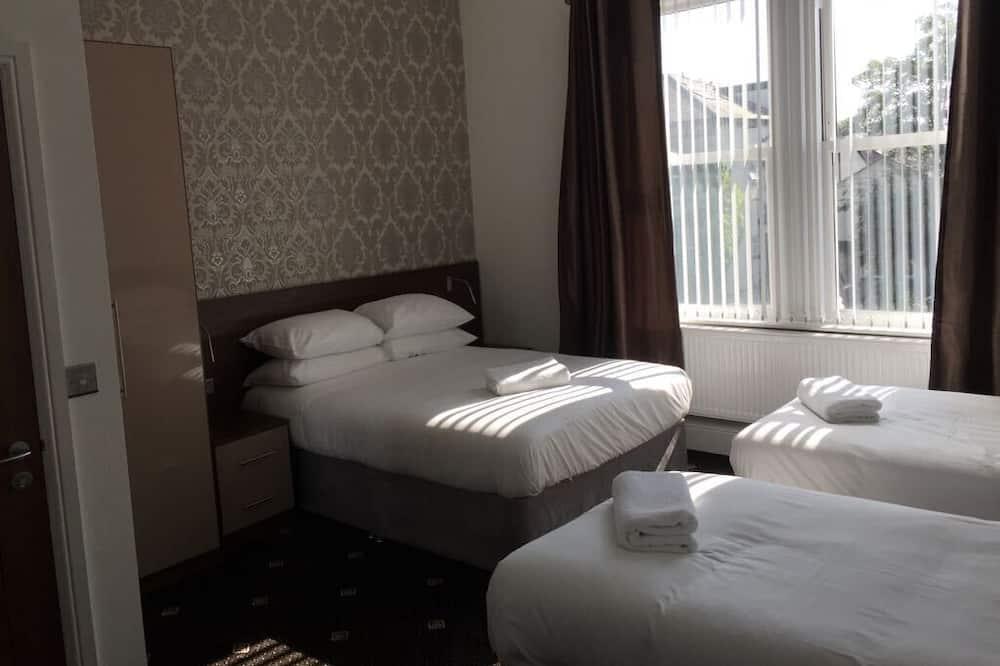 Τρίκλινο Δωμάτιο, Μπάνιο στο δωμάτιο (2 Adults & 2 Children) - Μπάνιο
