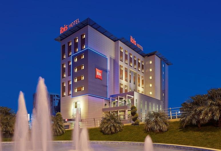 إيبيس أدانا, أضنة, واجهة الفندق - مساءً /ليلا