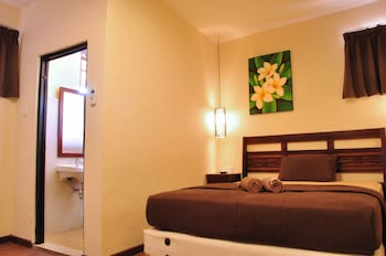 Picture of Bemo Corner Guest House in Kuta