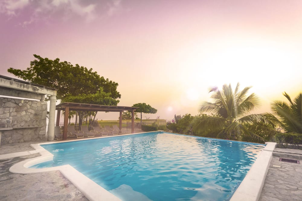 House, 4 Bedrooms, Private Pool - Room