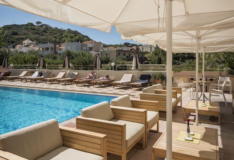 Oscar Suites & Village, Χανιά, Μπαρ δίπλα στην πισίνα