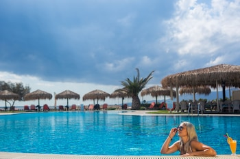 Picture of Plaza Beach Hotel in Naxos