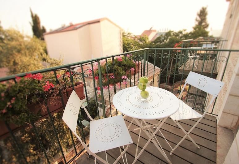 The Market Courtyard - Jerusalem Suites, Jerusalem, Superior Apartment, Balcony, Room