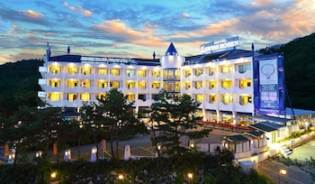 Picture of Benikea Swiss Rosen Hotel in Gyeongju